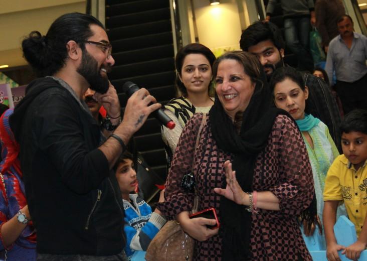 Yasir Hussain & Shanaz Ramzi